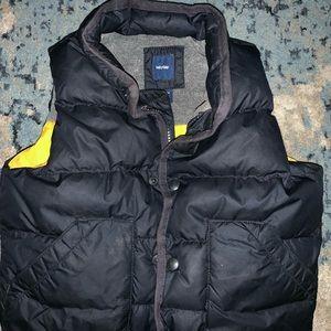 Boys navy GAP puffer vest size 3